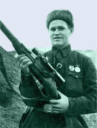 Этот снайпер (фото) уничтожил 225 солдат и офицеров германской армии за один месяц. Расскажите о нем