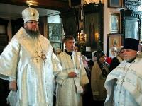 Воскресное богослужение в храме Всех Святых возглавил правящий архиерей