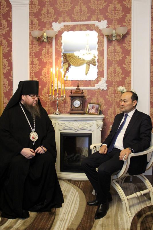 Председатель Комитета по делам религий Министерства культуры и спорта Шойкин Г.Н. посетил кафедральный собор Вознесения Господня
