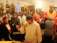 7 ноября 2015 года епископ Петропавловский и Булаевский Владимир совершил воскресное всенощное бдение в храме преподобного Сергия Радонежского