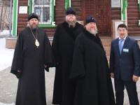 Митрополит Александр, архипастыри и священнослужители посетили Северо-Казахстанский областной музей изобразительных искусств