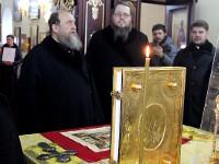 Митрополит Астанайский и Казахстанский Александр посетил собор во имя апостолов Петра и Павла и храм во имя священномученика Мефодия, епископа Петропавловского