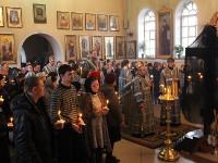 Правящий архиерей возглавил великопостную вечерню в кафедральном соборе города Петропавловска