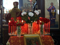 Пасхальная вечерня в храме свщмч. Мефодия Петропавловского