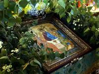 Преосвященнейший Владыка Владимир возглавил праздничное Всенощное бдение в канун праздника Святой Троицы