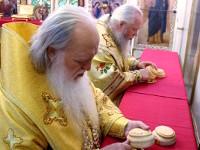 Праздничная Божественная Литургия в день памяти Первоверховных апостолов Петра и Павла состоялась в Петропавловском соборе города