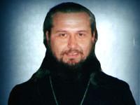 На заупокойной ектении была совершена молитва о упокоении иерея Димитрия Парфёнова в память о 15-летии его кончины