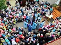 Преосвященнейший епископ Владимир возглавил молебен на начало учебного года в Храме Всех Святых города Петропавловска