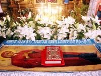 Преосвященнейший епископ Владимир возглавил служение ночной Литургия в Храме Всех Святых города Петропавловска