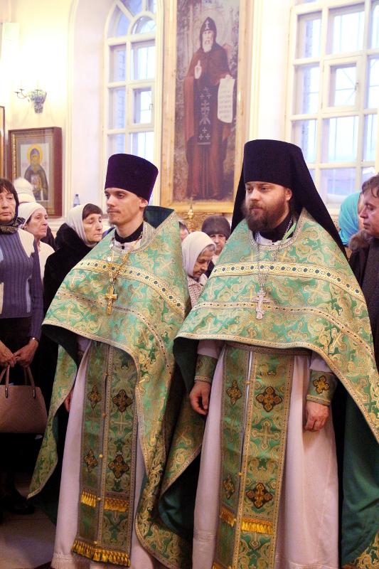 Служение архиерея в день прп. Серафима Саровского