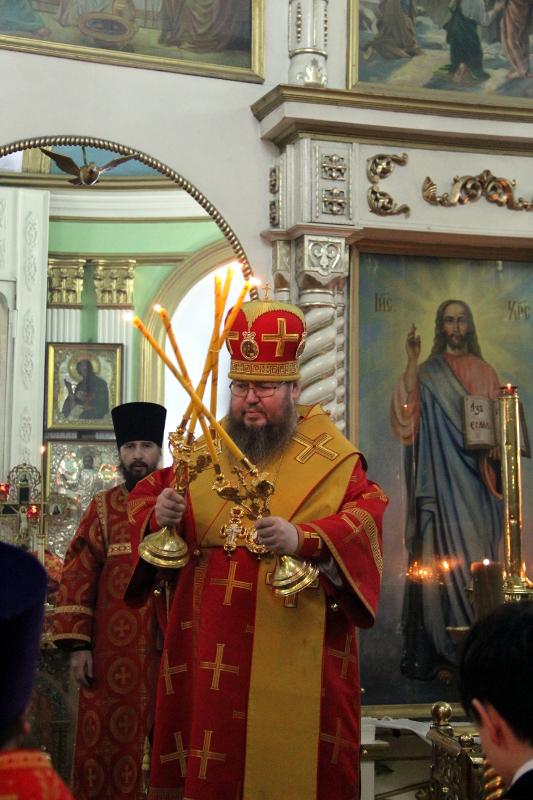Служба в неделю о Мытаре и Фарисее