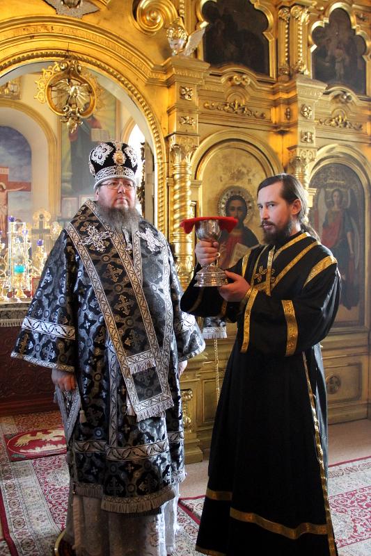 Служения Преосвященного Владимира в среду первой седмицы Великого Поста