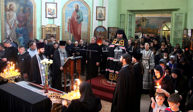 Служения Преосвященного Владимира в четверг первой седмицы Великого Поста