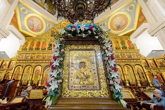 Празднование в честь Феодоровской иконы Пресвятой Богородицы в Алма-Ате