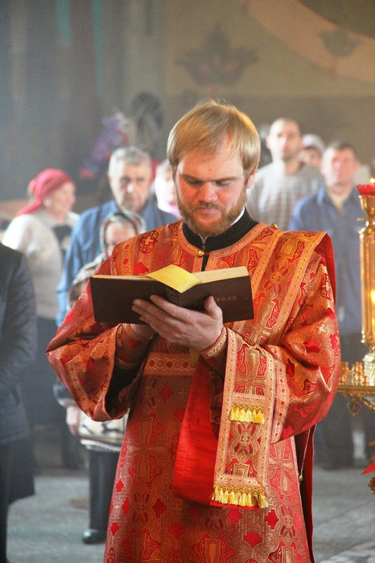 АРХИЕРЕЙСКОЕ БОГОСЛУЖЕНИЕ В НИКОЛЬСКОМ ХРАМЕ ГОРОДА БУЛАЕВО