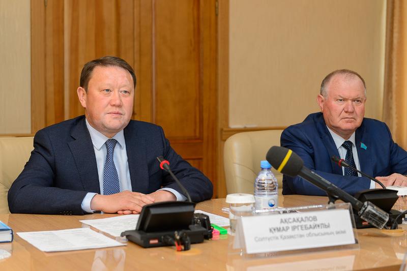 Состоялась встреча Главы Митрополичьего округа с акимом области Кумаром Аксакаловым