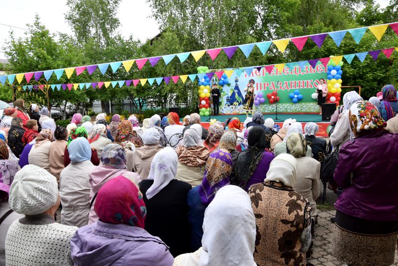 Праздничные мероприятия в день престольного праздника храма Всех Святых