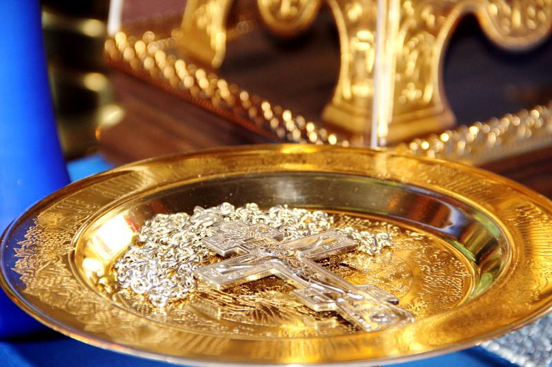 Архиерейское богослужение в храме Святителя Николая села Новоникольское
