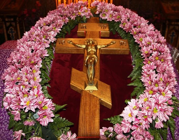 «КРЕСТУ ТВОЕМУ ПОКЛОНЯЕМСЯ ВЛАДЫКО»
