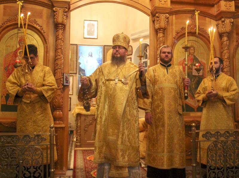 Архиерейское богослужение в Неделю 24-ю по Пятидесятнице
