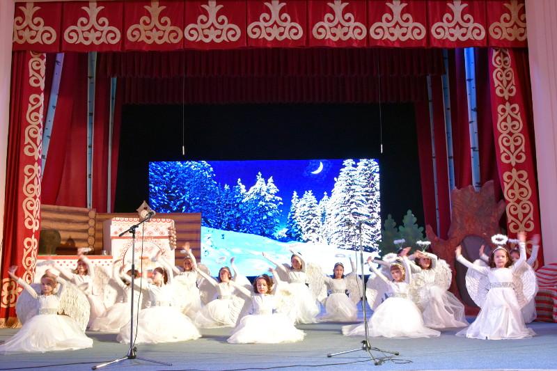 Архиерейская рождественская ёлка
