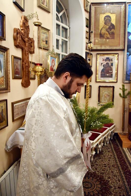 Божественная Литургия праздника Рождества Христова
