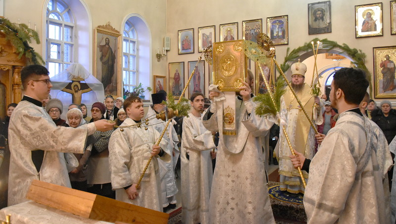 Архиерейское Богослужение в 32-ю неделю по Пятидесятнице