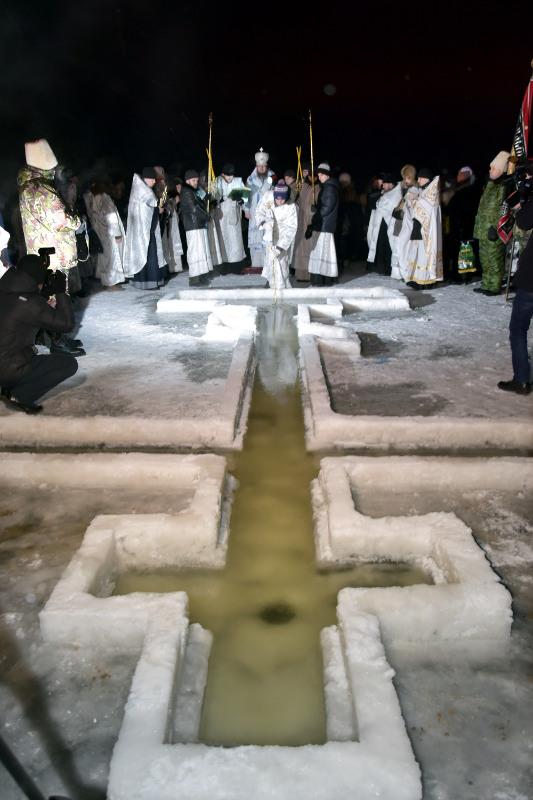 Великое освящение воды на реке Ишим