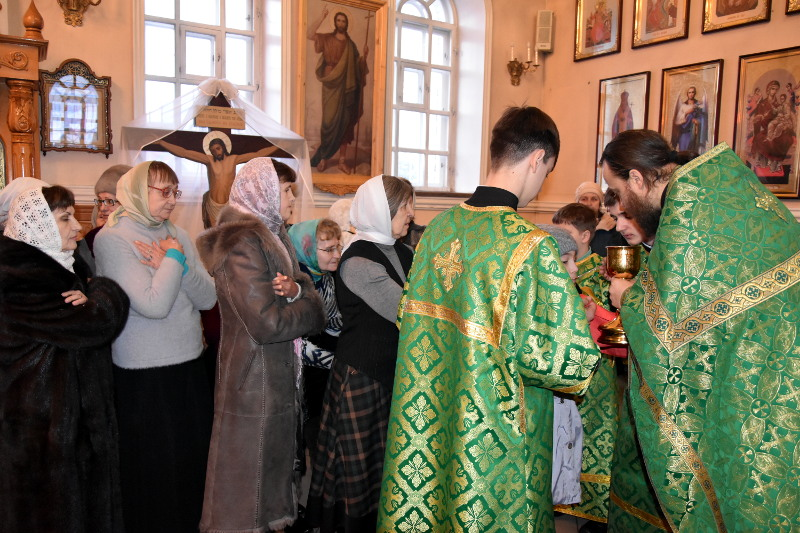 Архиерейское богослужение в день памяти блаженной Ксении Петербургской