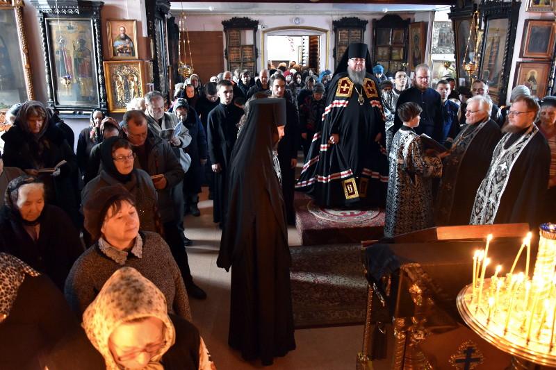 Чтение Великого канона прп. Андрея Критского в среду первой седмицы Великого поста