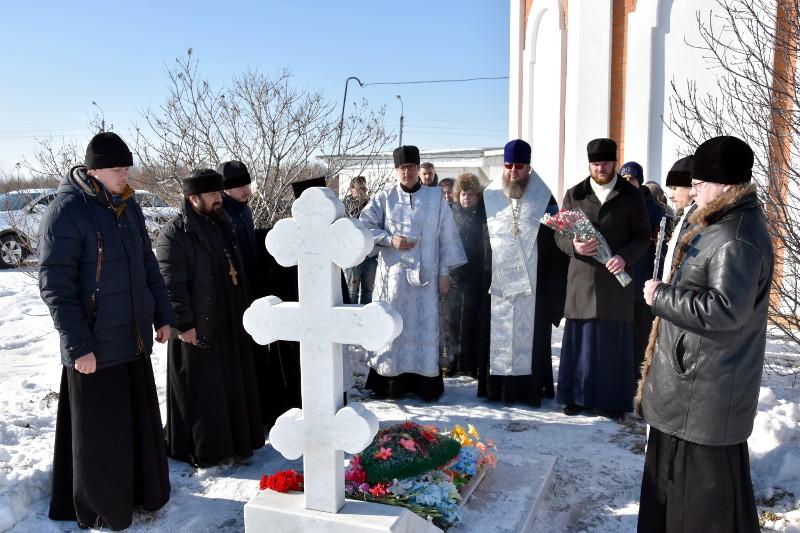 Панихида на могиле прот. Димитрия Тапеева
