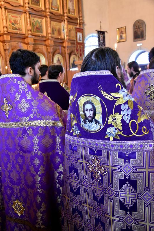 Соборное служение в праздник святого Алексия Человека Божия