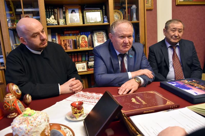 В Петропавловском епархиальном управлении состоялось рабочее совещание с представителями государственной власти