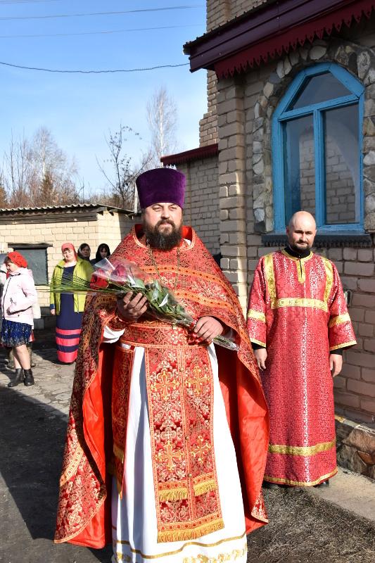 Служение епископа Владимира в Светлый Четверг