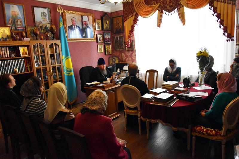 В епархиальном управлении прошел семинар библиотекарей епархии