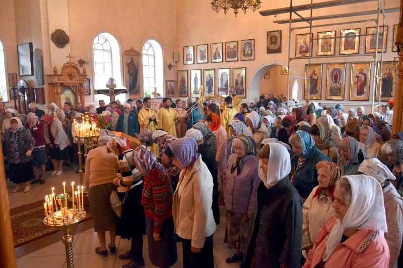Архиерейское Богослужение в Неделю 3-ю по Пятидесятнице