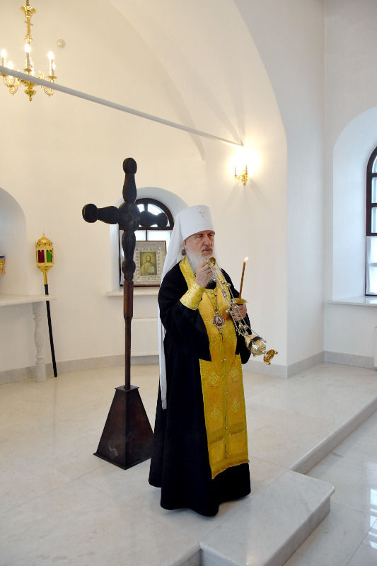 В ходе посещения монастырей Тобольской митрополии Преосвященный епископ Владимир принял участие в акции «Свеча Памяти»