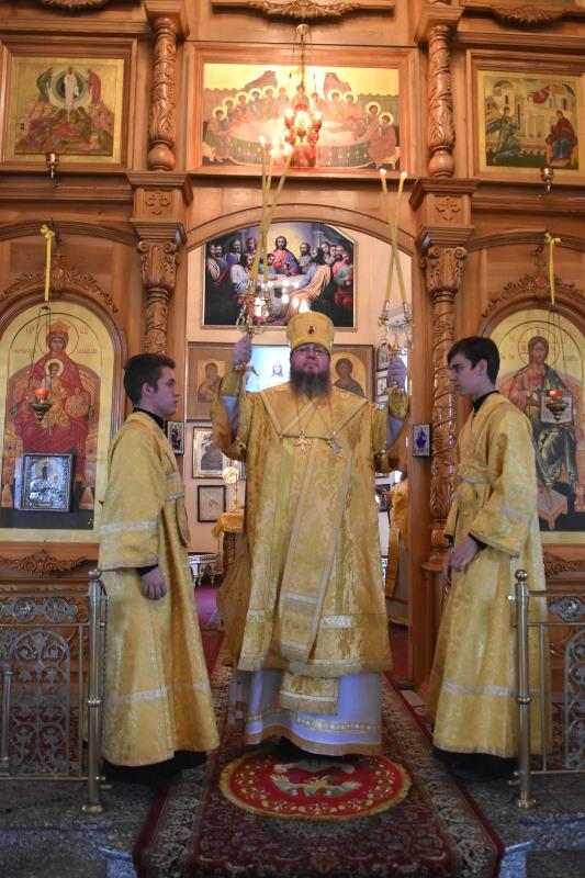 Архиерейское богослужение в день памяти святителя Феофана Затворника