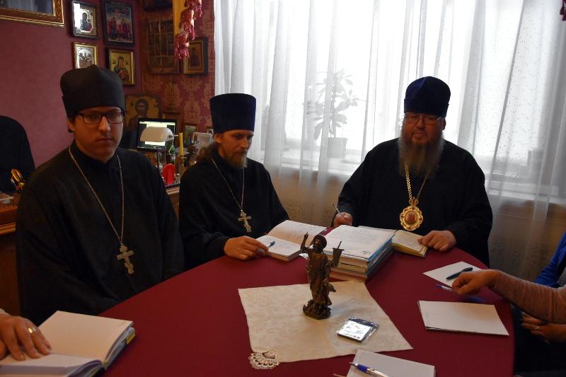 В Епархиальном управлении состоялось расширенное заседание ОРОиК