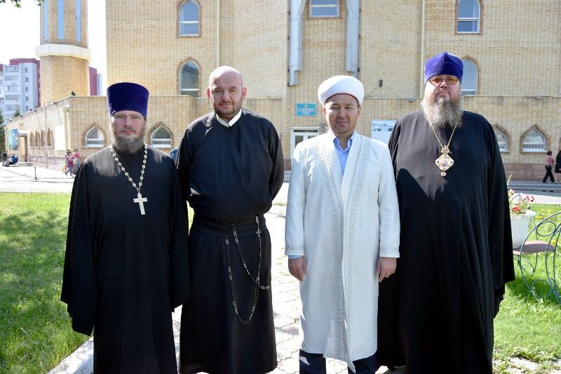 Правящий архиерей поздравил мусульман Северного Казахстана с праздником Курбан Айт