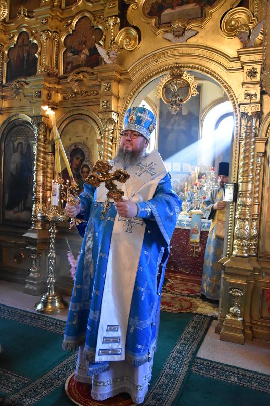 Архиерейское Богослужение в праздник Нерукотворного Образа Иисуса Христа