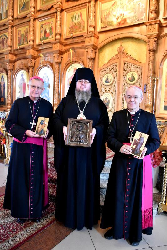 Участники конференции духовенства Католической церкви Казахстана посетили кафедральный собор города Петропавловска