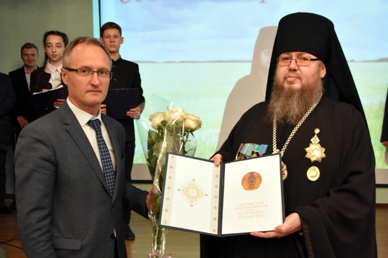 Юбилей Преосвященнейшего епископа Владимира отметили в кафедральном соборе