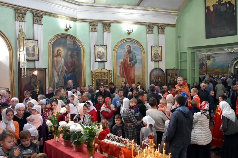 Архиерейское богослужение в Неделю 16-ю по Пятидесятнице