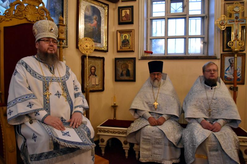 Заупокойная литургия и поминовение всех во время теракта в Керчи погибших