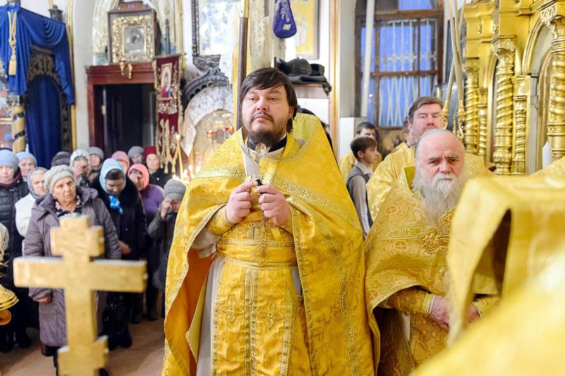 Архиерейское богослужение в день Мчч. Мелитинских