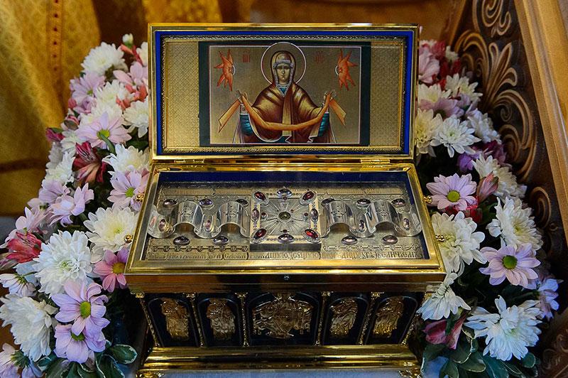Правящей архиерей сослужил Митрополиту Астанайскому и Казахстанскому Александру в Михаило-Архангельском соборе Кокшетау