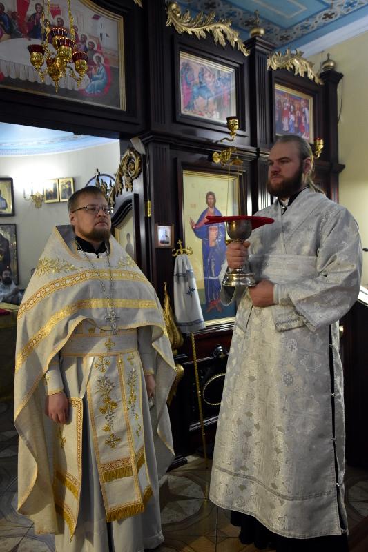Божественная Литургия в день памяти первомученика архидиакона Стефана