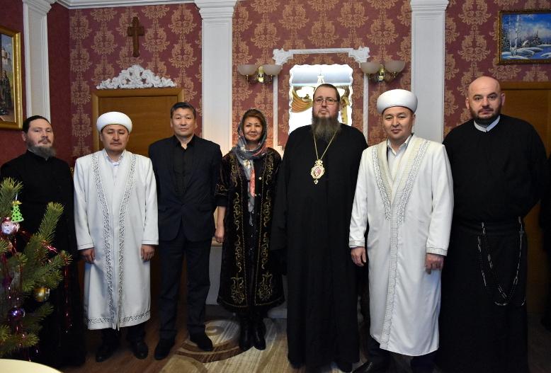 Православных Северного Казахстана с Рождеством Христовым поздравили представители традиционных конфессий области