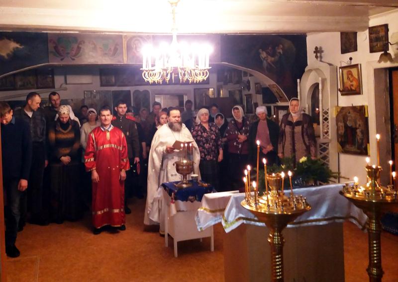 Божественная Литургия в праздник Крещения Господня в храме села Пресновка